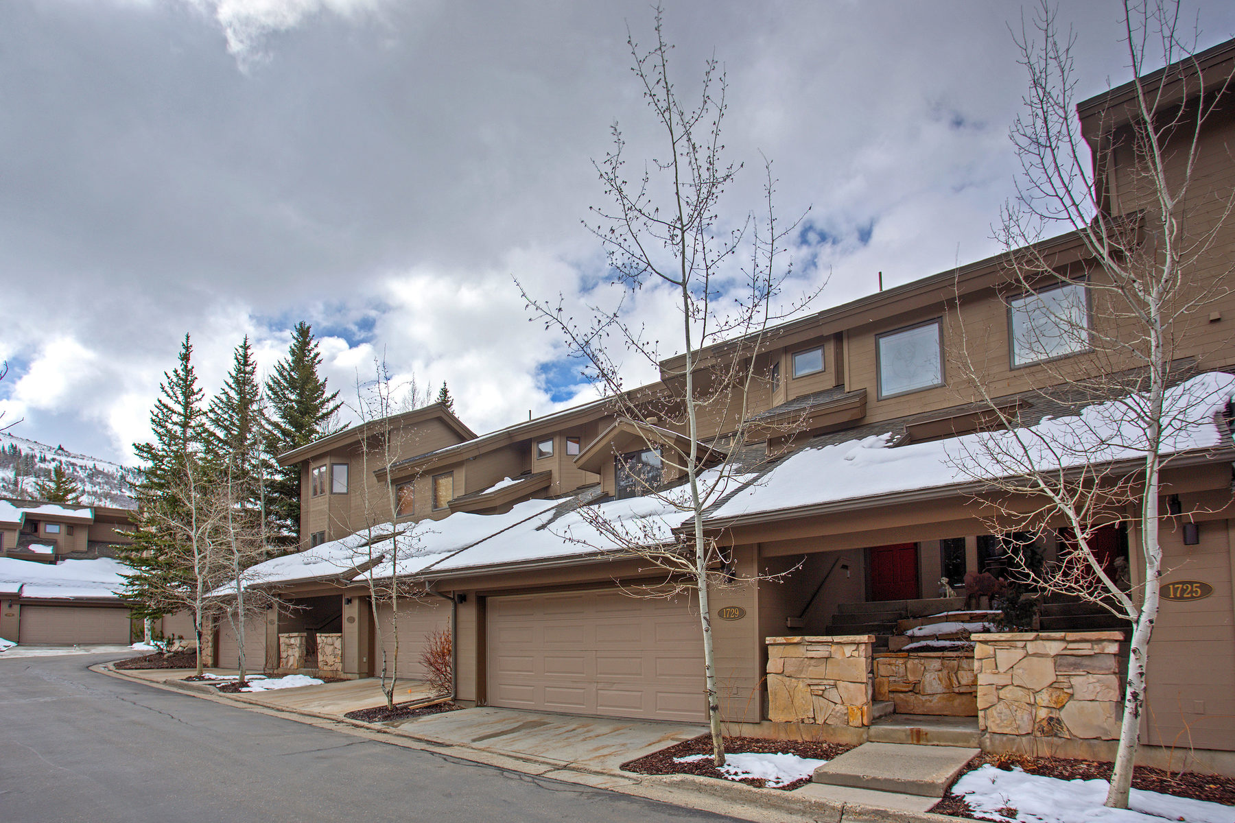 Townhouse for Sale at Three Bedrooms Plus Loft Steps from Skiing and Biking 1729 Lakeside Circle #1729 Park City, Utah, 84060 United States