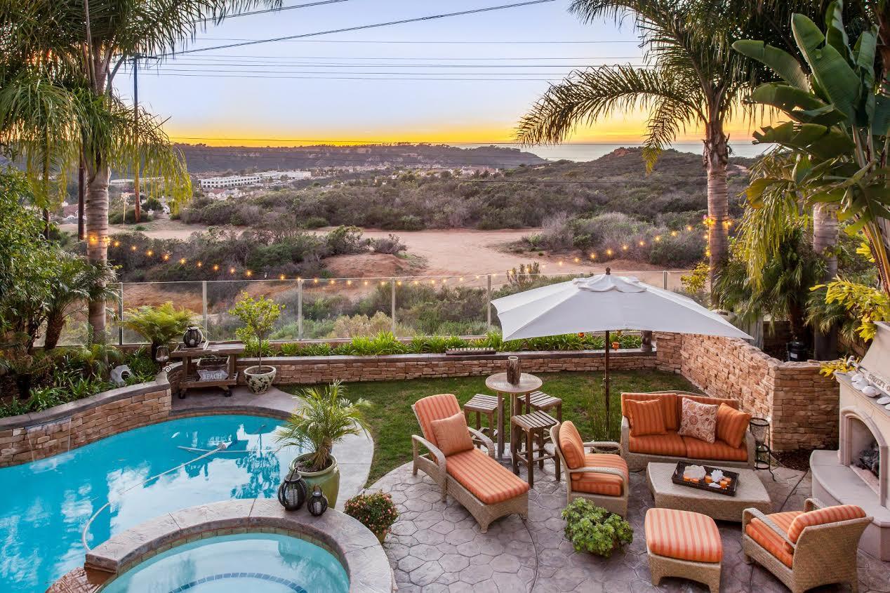 Maison unifamiliale pour l Vente à Sansonnet 11416 Fairwind Court San Diego, Californie 92130 États-Unis