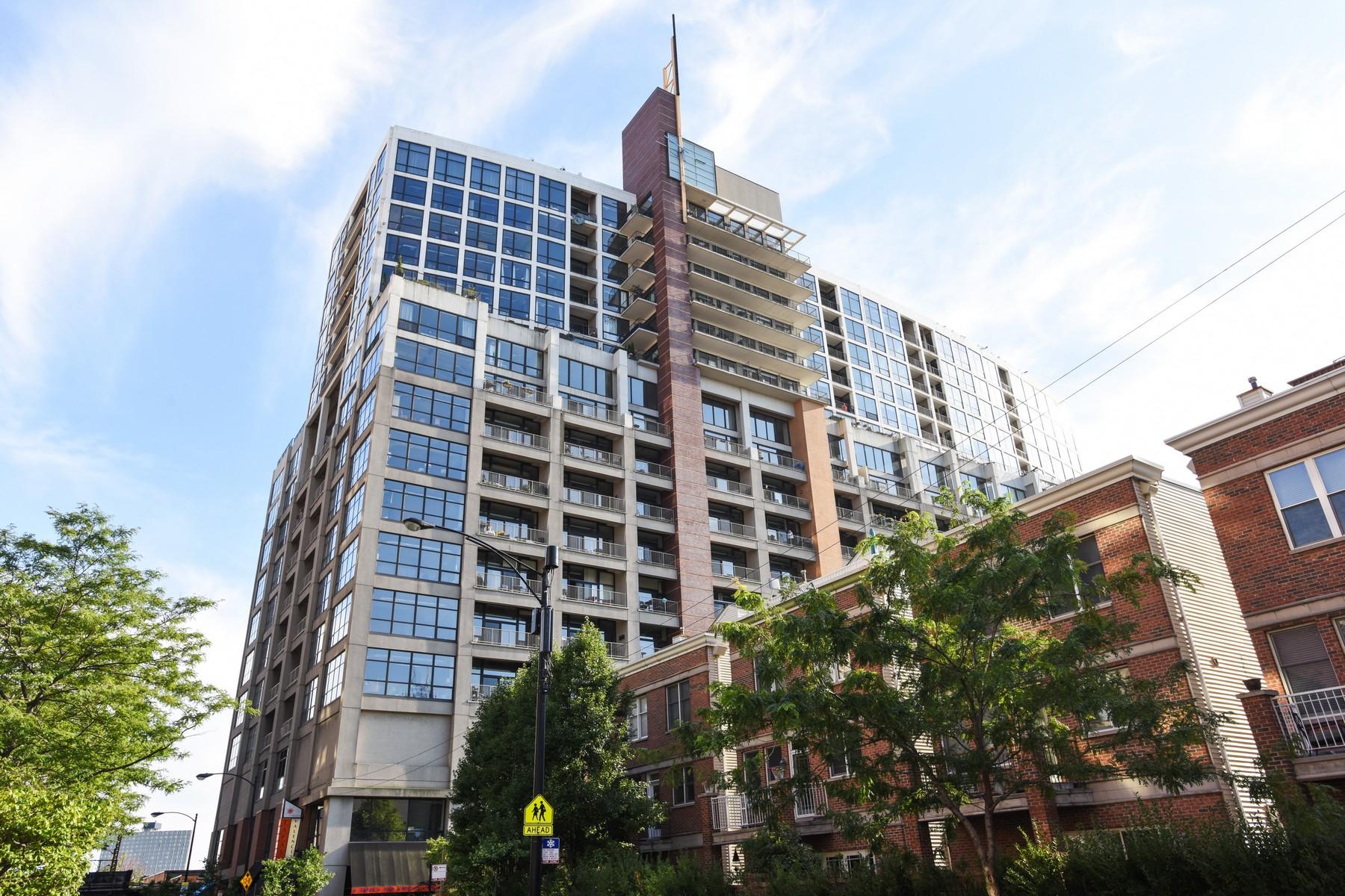 콘도미니엄 용 매매 에 Spacious with Spectacular Skyline Views 1530 S State Street Unit 907 Chicago, 일리노이즈, 60605 미국