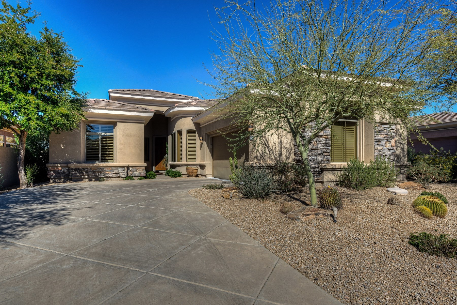 Single Family Home for Sale at Monterey home in the guard gated talon retreat at Grayhawk 8418 E Windrunner Dr Scottsdale, Arizona, 85255 United States