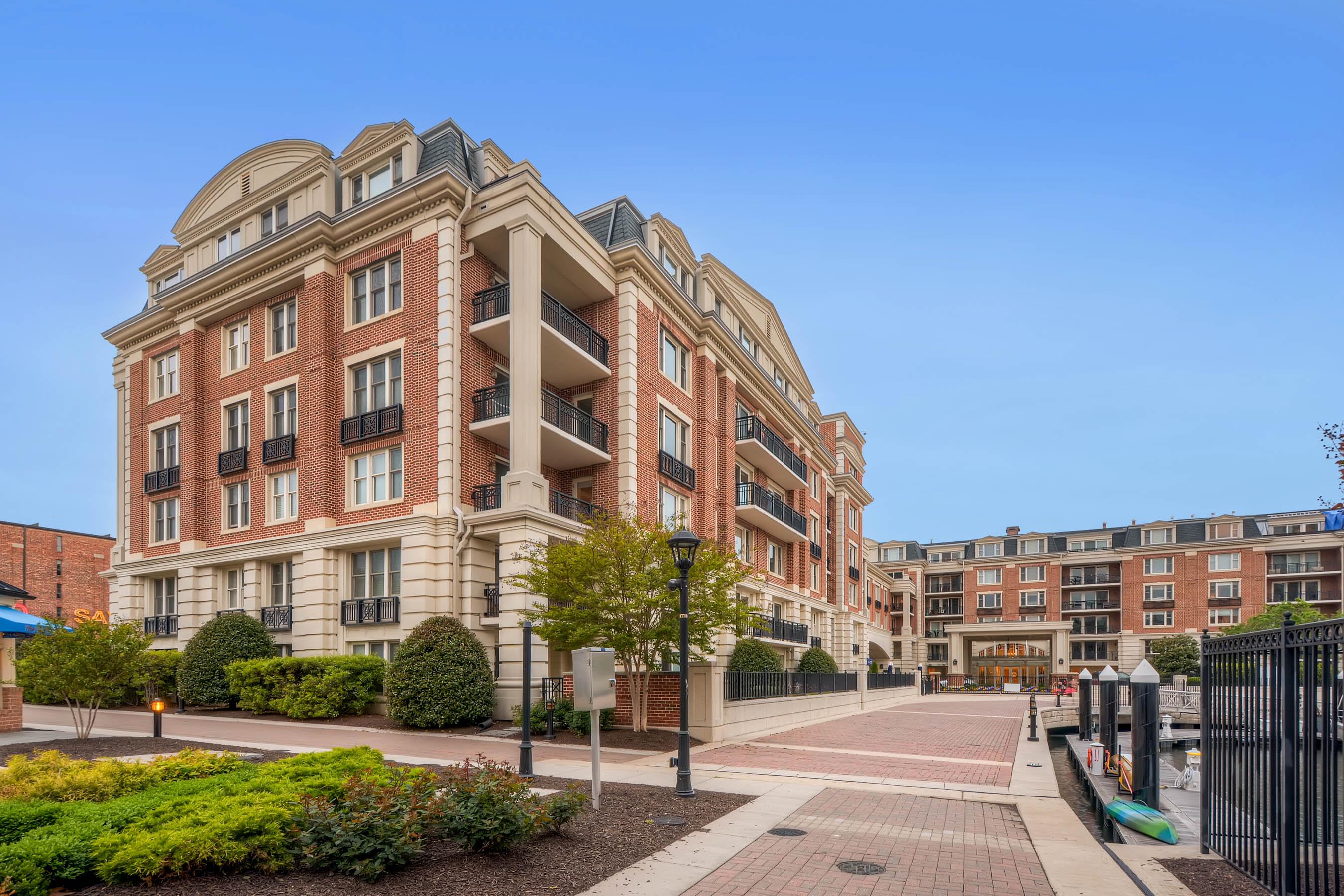 Copropriété pour l Vente à The Ritz-Carlton Residences 801 Key Hwy #T-63 Baltimore, Maryland, 21230 États-Unis