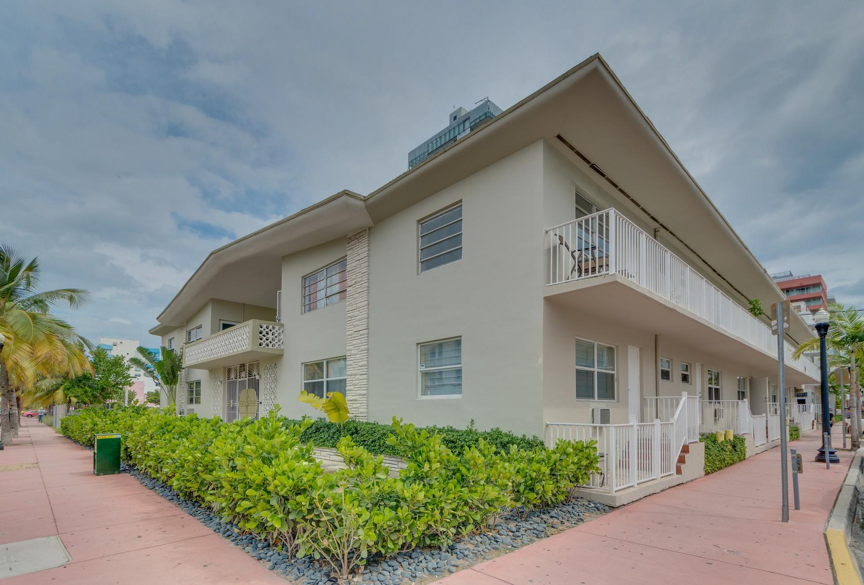 Wohnung für Verkauf beim 101 Collins #2 Miami Beach, Florida 33139 Vereinigte Staaten