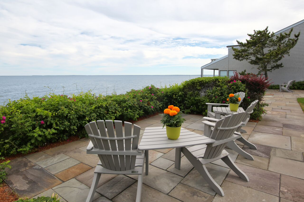 Condominium for Sale at OCEANVIEW CONDO 94 Shore Drive West Unit B-12 (2111) New Seabury, Massachusetts 02649 United StatesIn/Around: Mashpee