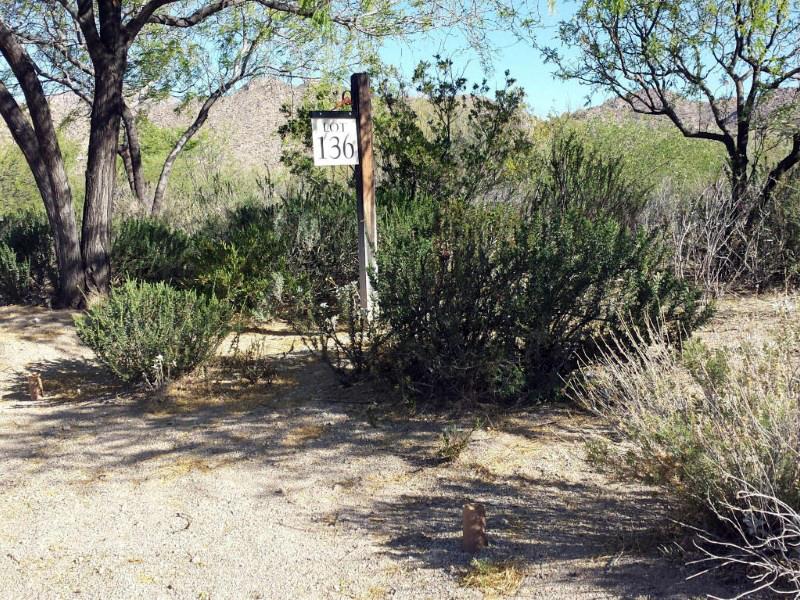 Земля для того Продажа на Spectacular Lot On The 12th Fairway Of The World Class Stone Canyon Golf Course 946 W Tortolita Mountain Circle #136 Oro Valley, Аризона 85755 Соединенные Штаты