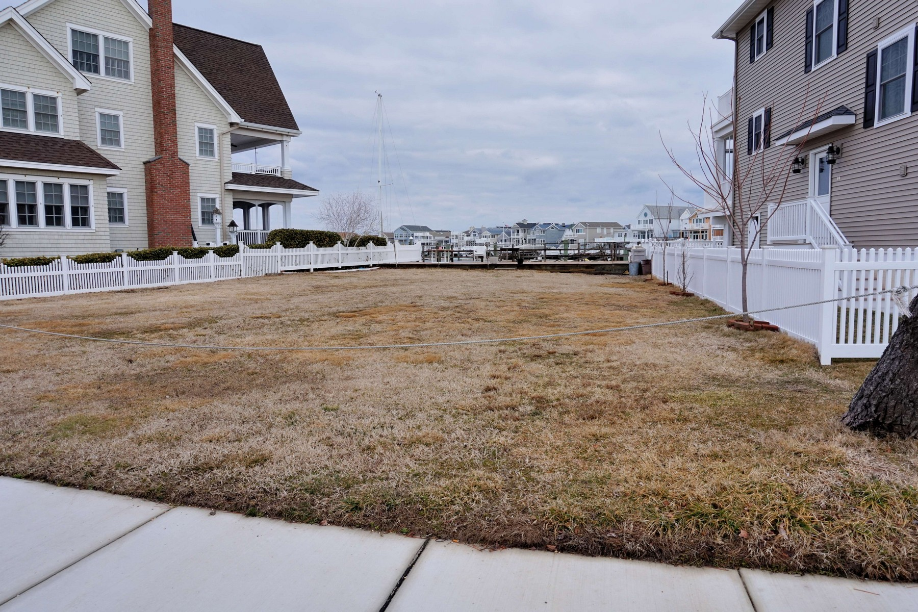 Terreno por un Venta en Large Bay Front Lot 1 W 18th Steet Ocean City, Nueva Jersey, 08226 Estados Unidos