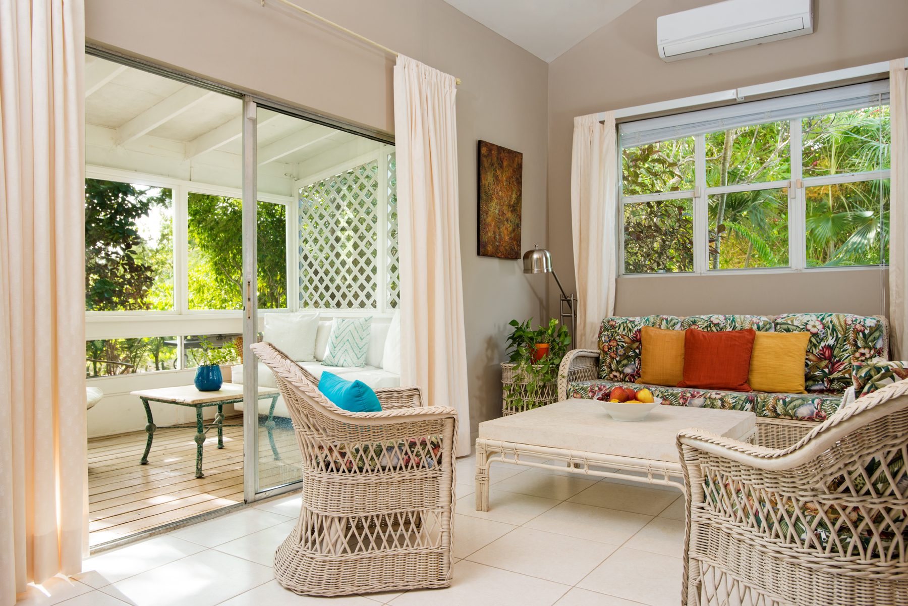 Additional photo for property listing at Tree House The Bight, Providenciales Turks And Caicos Islands