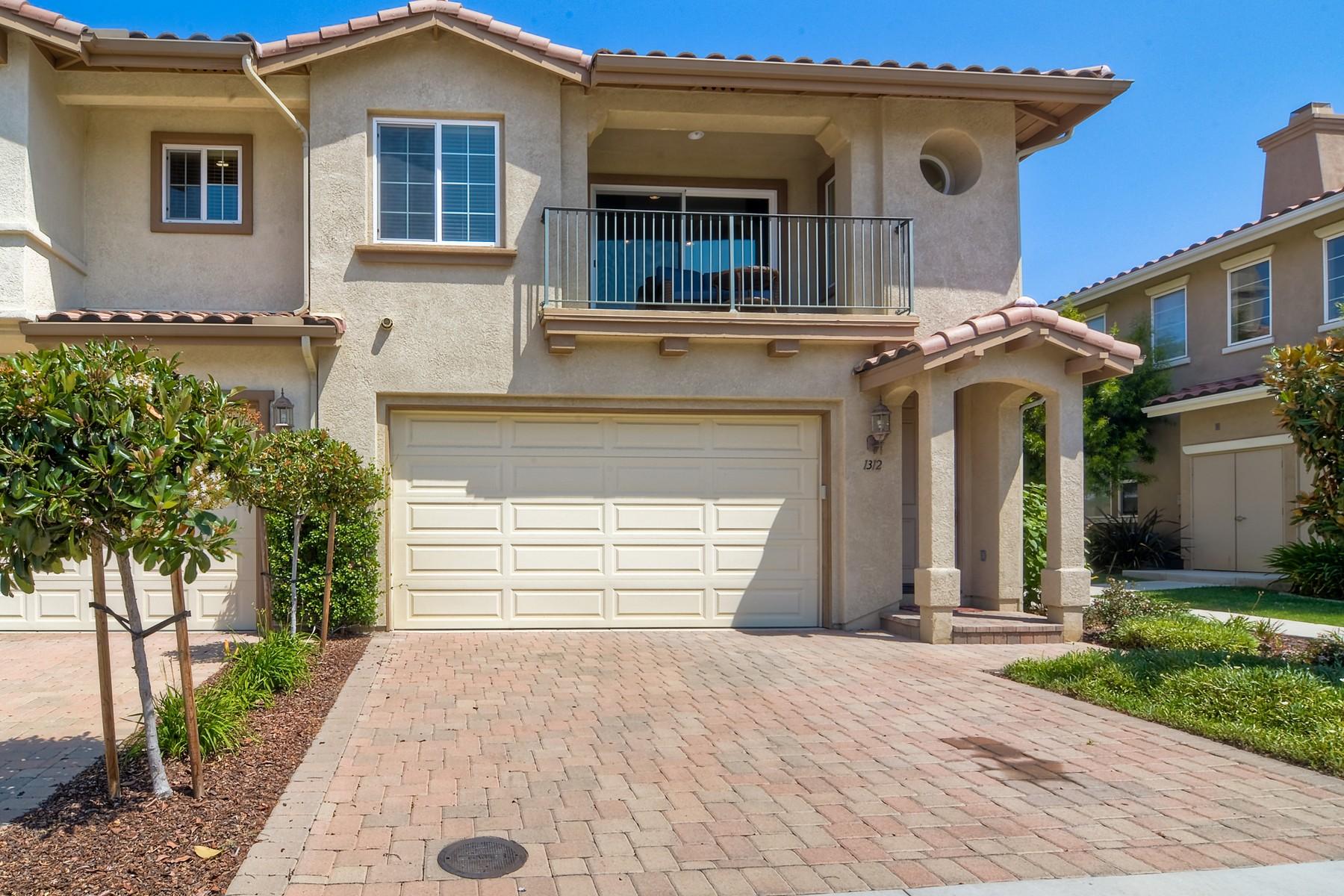 Maison unifamiliale pour l Vente à 1312 Isabella Way Vista, Californie 92084 États-Unis