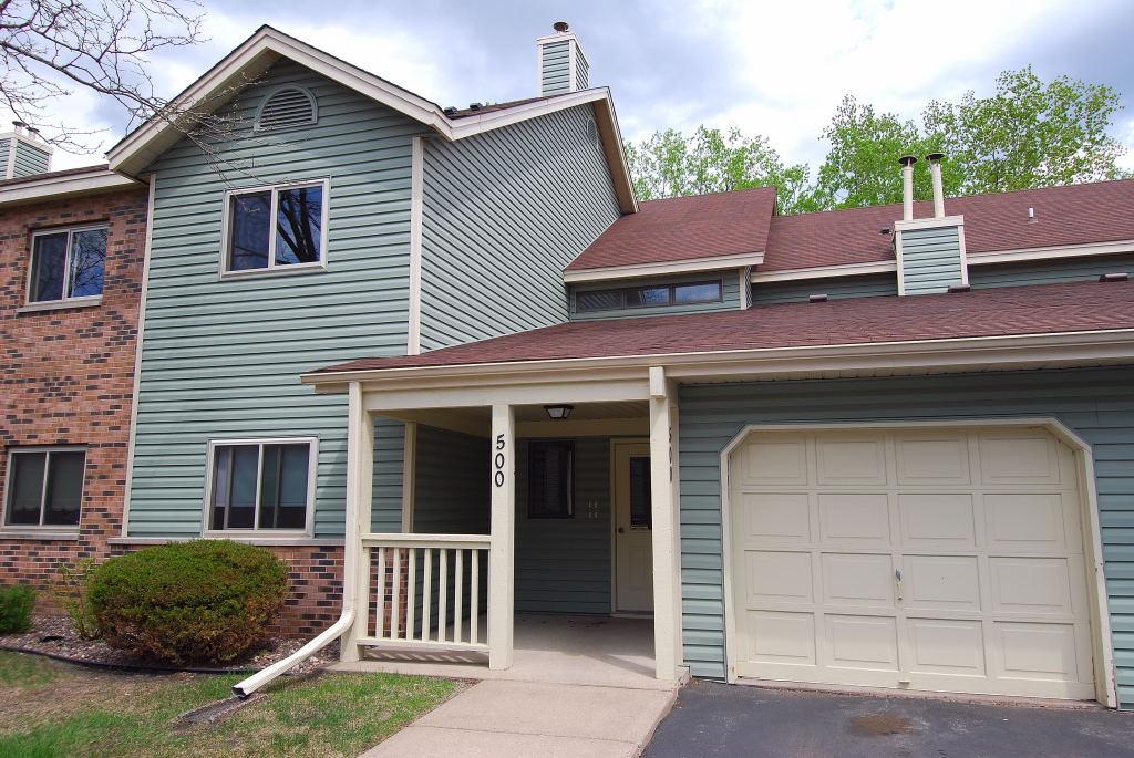 Eigentumswohnung für Verkauf beim 500 Etna Street #204 St. Paul, Minnesota, 55106 Vereinigte Staaten