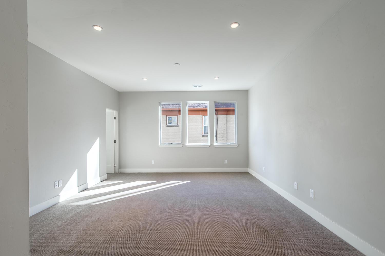 Additional photo for property listing at 3100 E 17th Avenue  Denver, Colorado 80206 United States