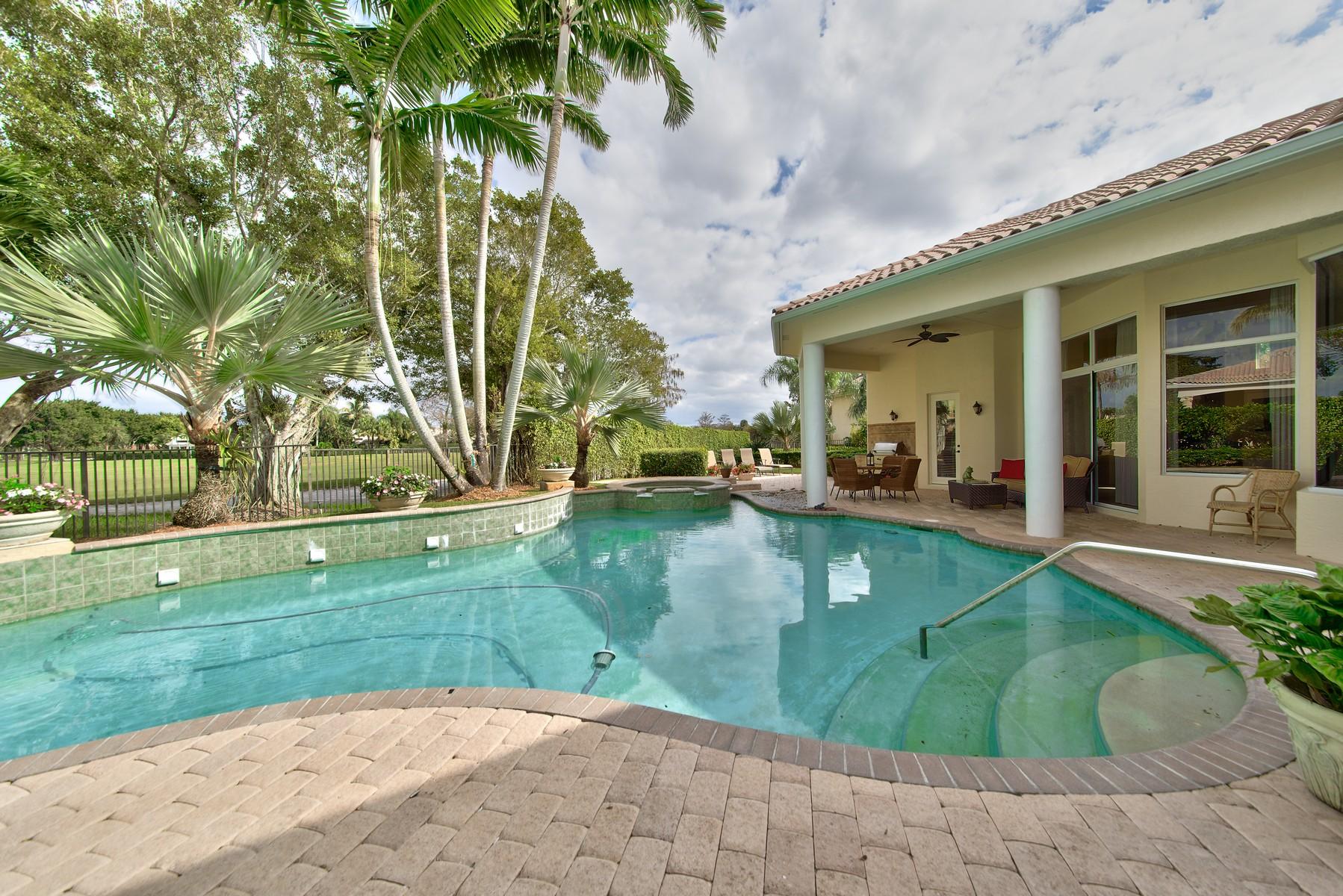 独户住宅 为 销售 在 12832 Mizner Way Mizner Estates, 惠灵顿, 佛罗里达州 33414 美国