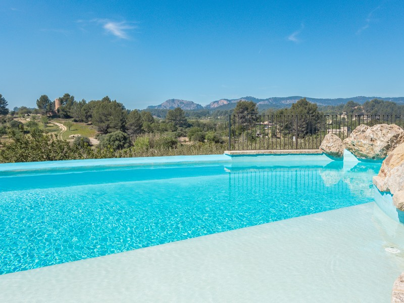 獨棟家庭住宅 為 出售 在 Country property with mountain views in Calviá Calvia, 馬婁卡 07008 西班牙