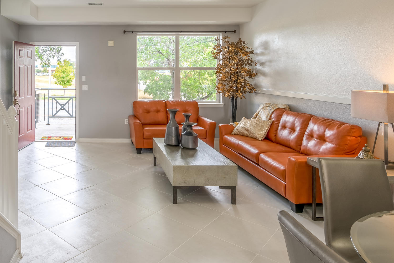 Condominium for Sale at Enjoy a bright open floor plan w designer touches and finishes throughout 14891 East Centrepoint Drive Unit F Aurora, Colorado, 80012 United States
