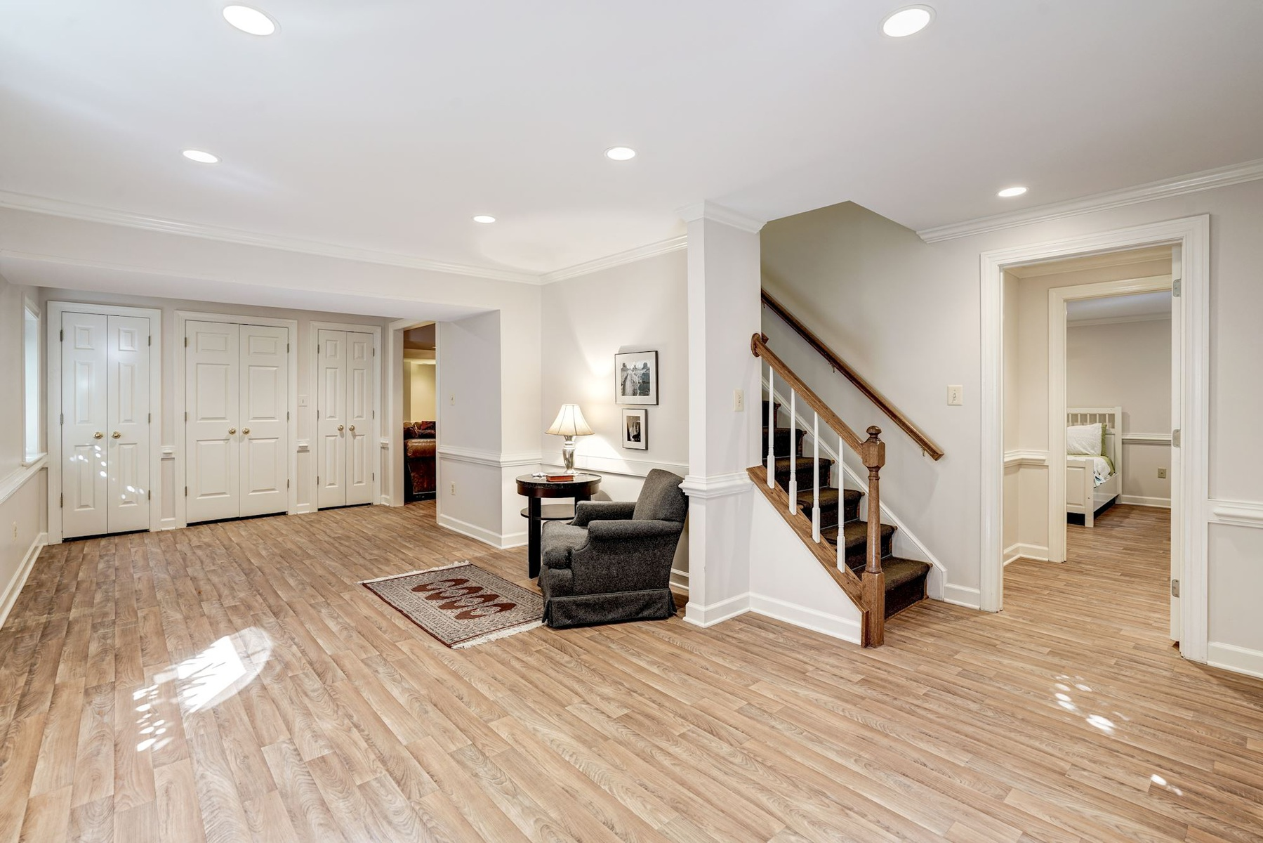 Additional photo for property listing at Quaker Hill 1263 Dartmouth Ct Alexandria, Βιρτζινια 22314 Ηνωμενεσ Πολιτειεσ