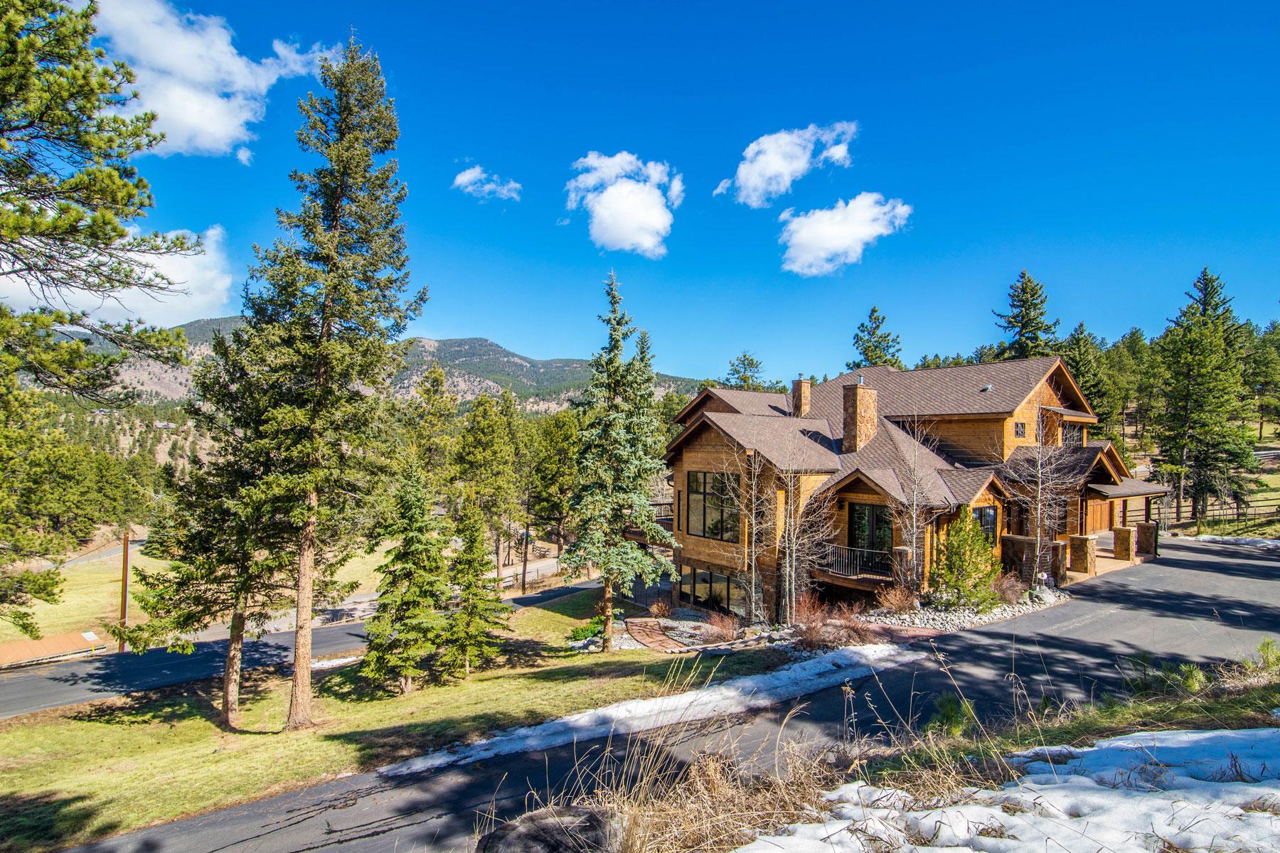 Maison unifamiliale pour l Vente à 92 Whiskey Jay Hill Road Evergreen, Colorado, 80439 États-Unis