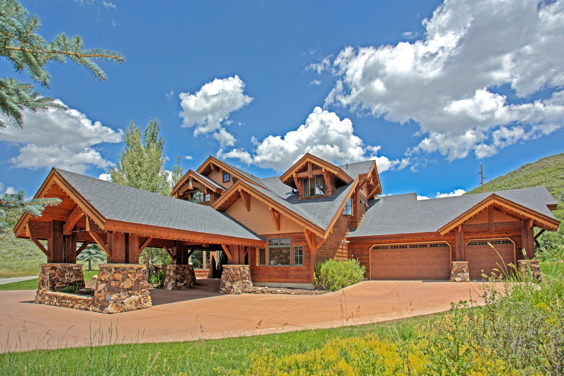 Property For Sale at Ideal Home in Deer Valley