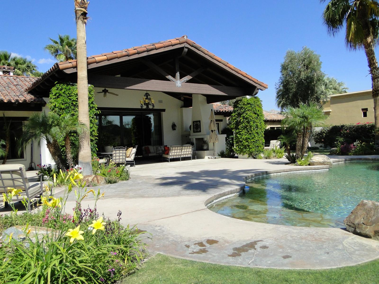 Casa para uma família para Venda às 52790 Del Gato Drive La Quinta, Califórnia, 92253 Estados Unidos