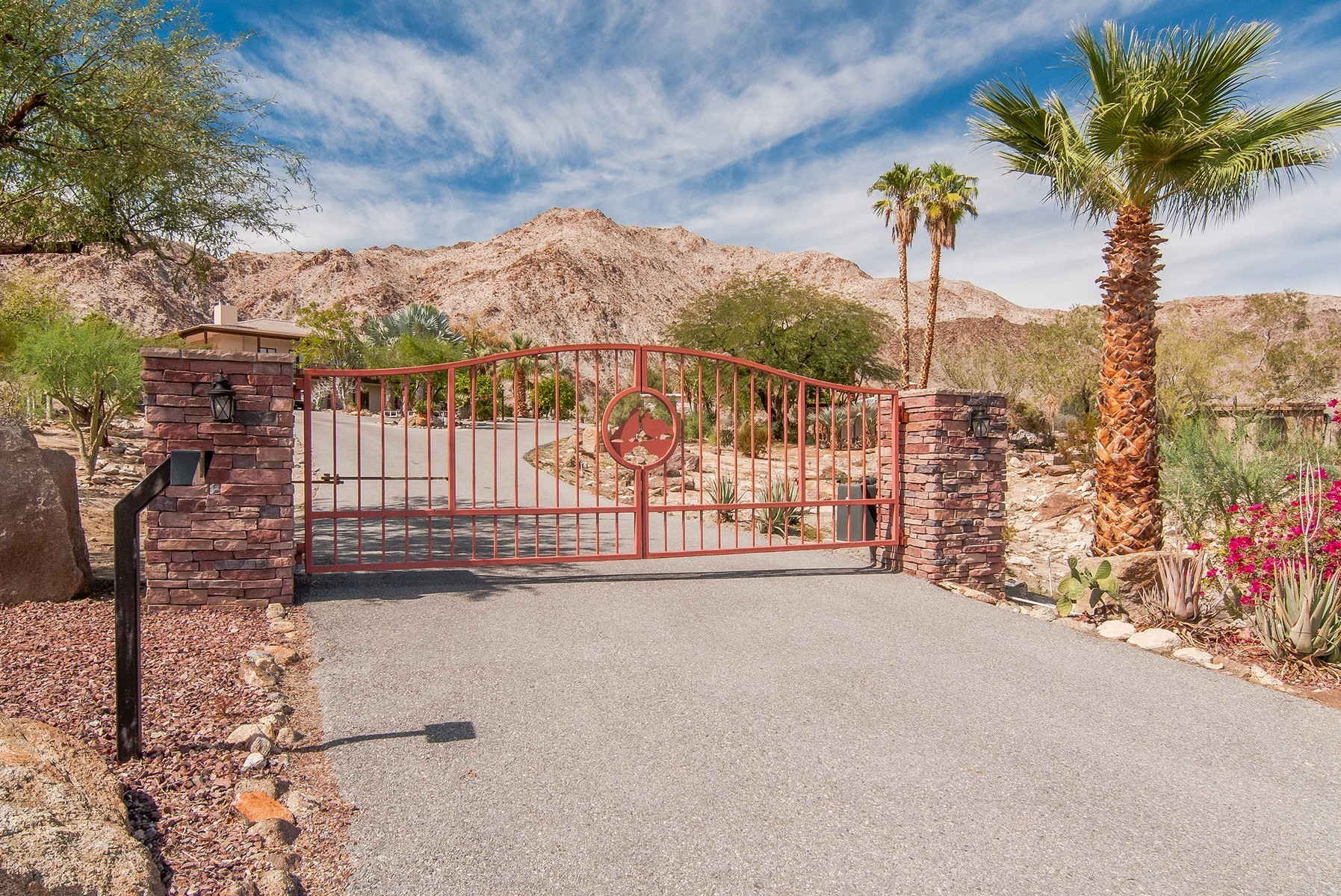 Single Family Home for Sale at 71440 Oasis Trail Palm Desert, California 92260 United States