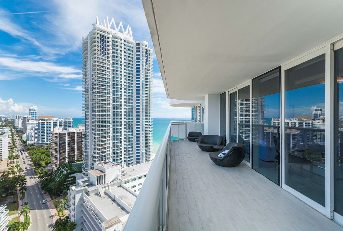 Property For Sale at 6301 Collins Ave #2606