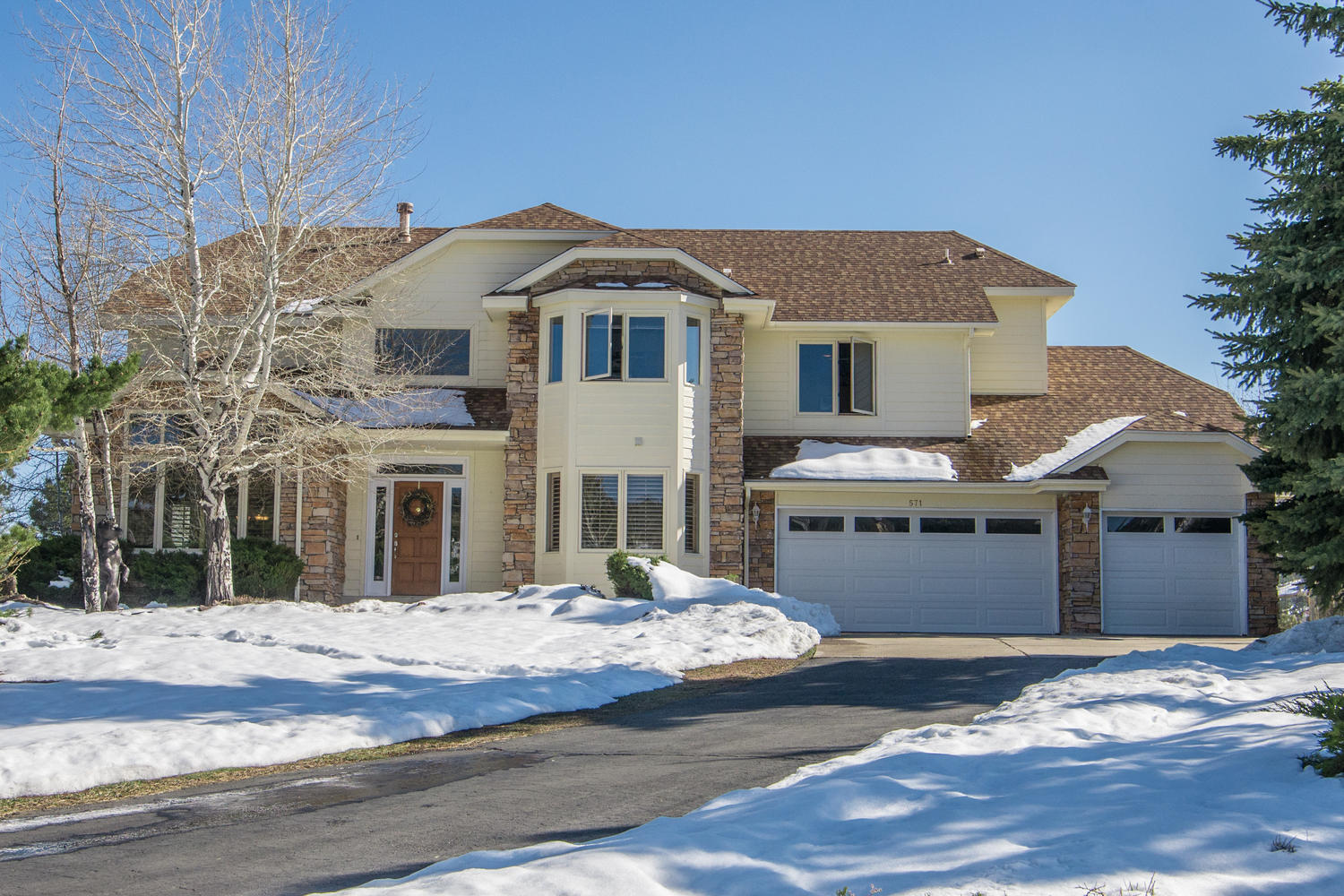 Single Family Home for Sale at Nestled in Rocky Hills, Evergreens and Aspens 571 Sunrise Drive Golden, Colorado, 80401 United States