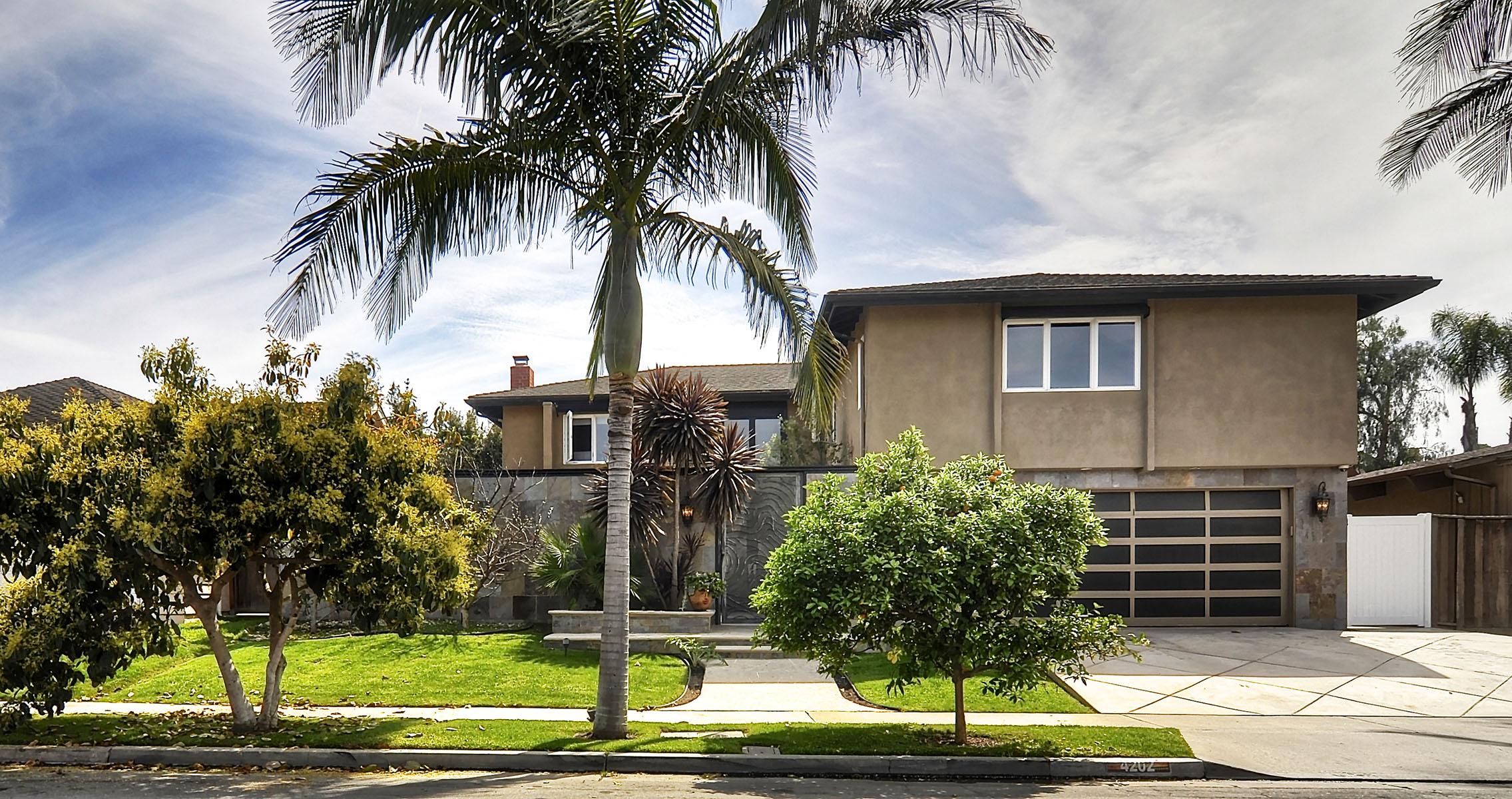 Casa Unifamiliar por un Venta en 4202 Silliman Dr Huntington Beach, California 92649 Estados Unidos