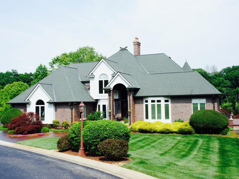 Casa para uma família para Venda às Amazing Riverfront Home 3145 Copp Road Niles, Michigan 49120 Estados Unidos