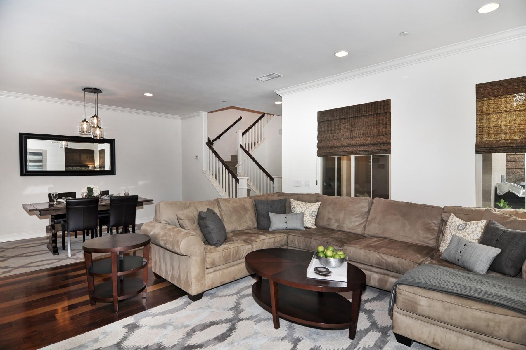 共管式独立产权公寓 为 销售 在 38 Canoe Irvine, 加利福尼亚州 92618 美国