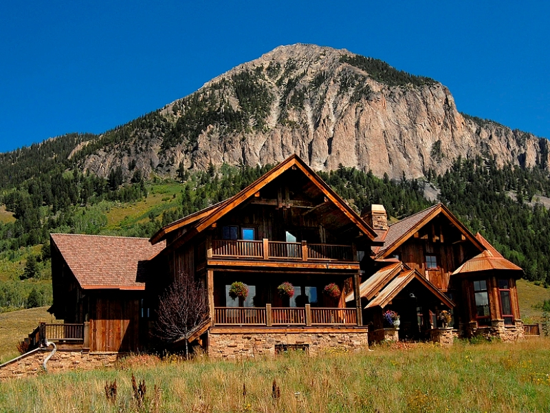 Single Family Home for Sale at Elegant Mountain Home 5 Moon Ridge Lane Crested Butte, Colorado 81224 United States