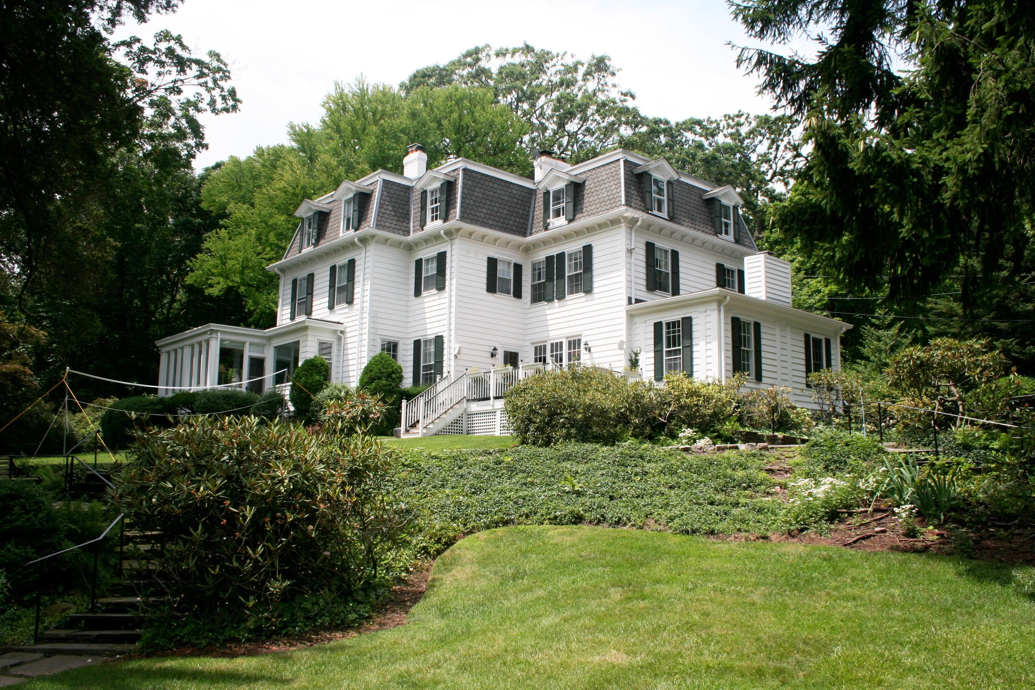 Casa Unifamiliar por un Venta en Llewellyn Park Colonial 11 Park Way West Orange, Nueva Jersey 07052 Estados Unidos