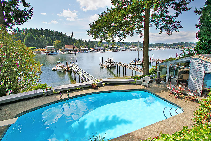 Single Family Home for Sale at Inside Gig Harbor 7804 Goodman Drive NW Gig Harbor, Washington 98332 United States