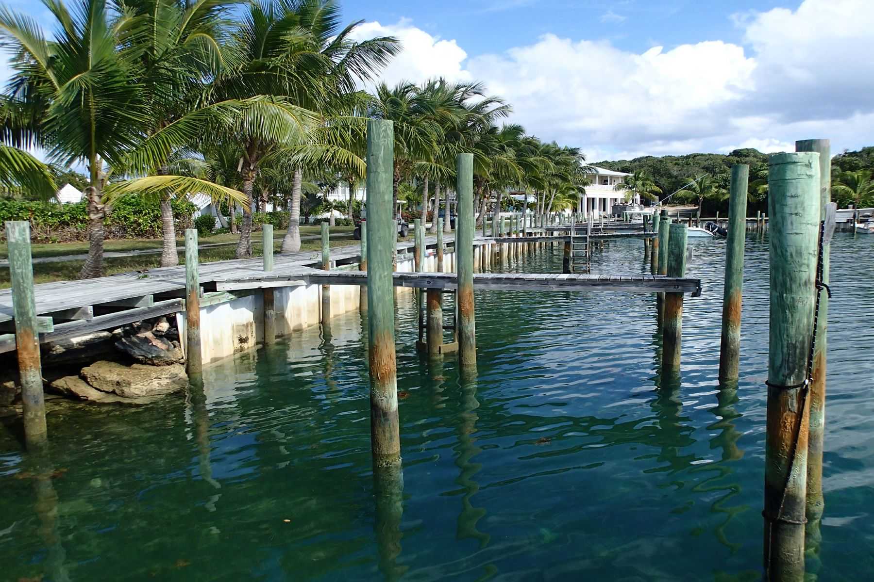Additional photo for property listing at Lucky 7, Marnie's Creek Elbow Cay Hope Town, Abaco Bahamas