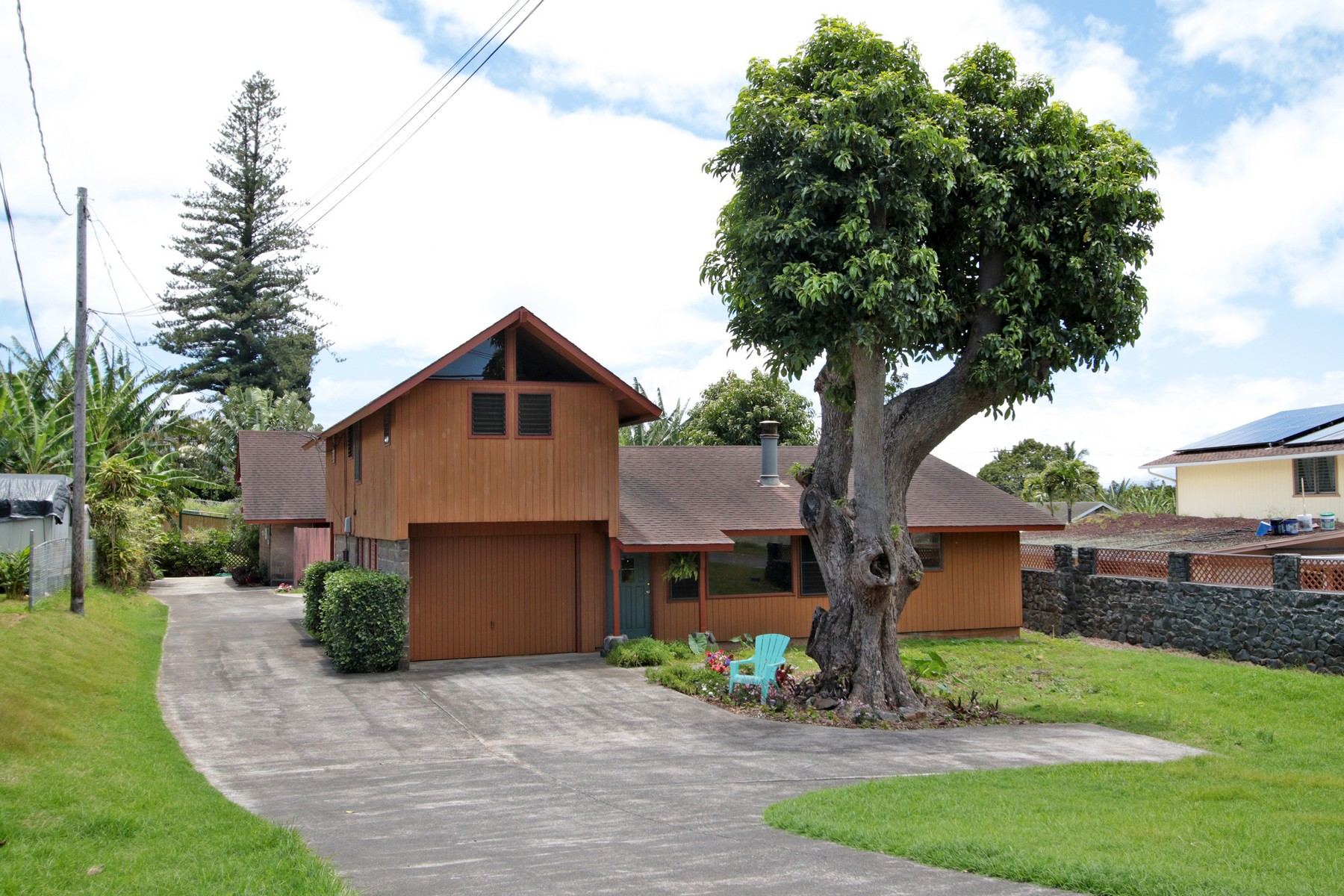 Single Family Home for Sale at Charming House and Cottage in Makawao 11 Keola Place Makawao, Hawaii, 96768 United States