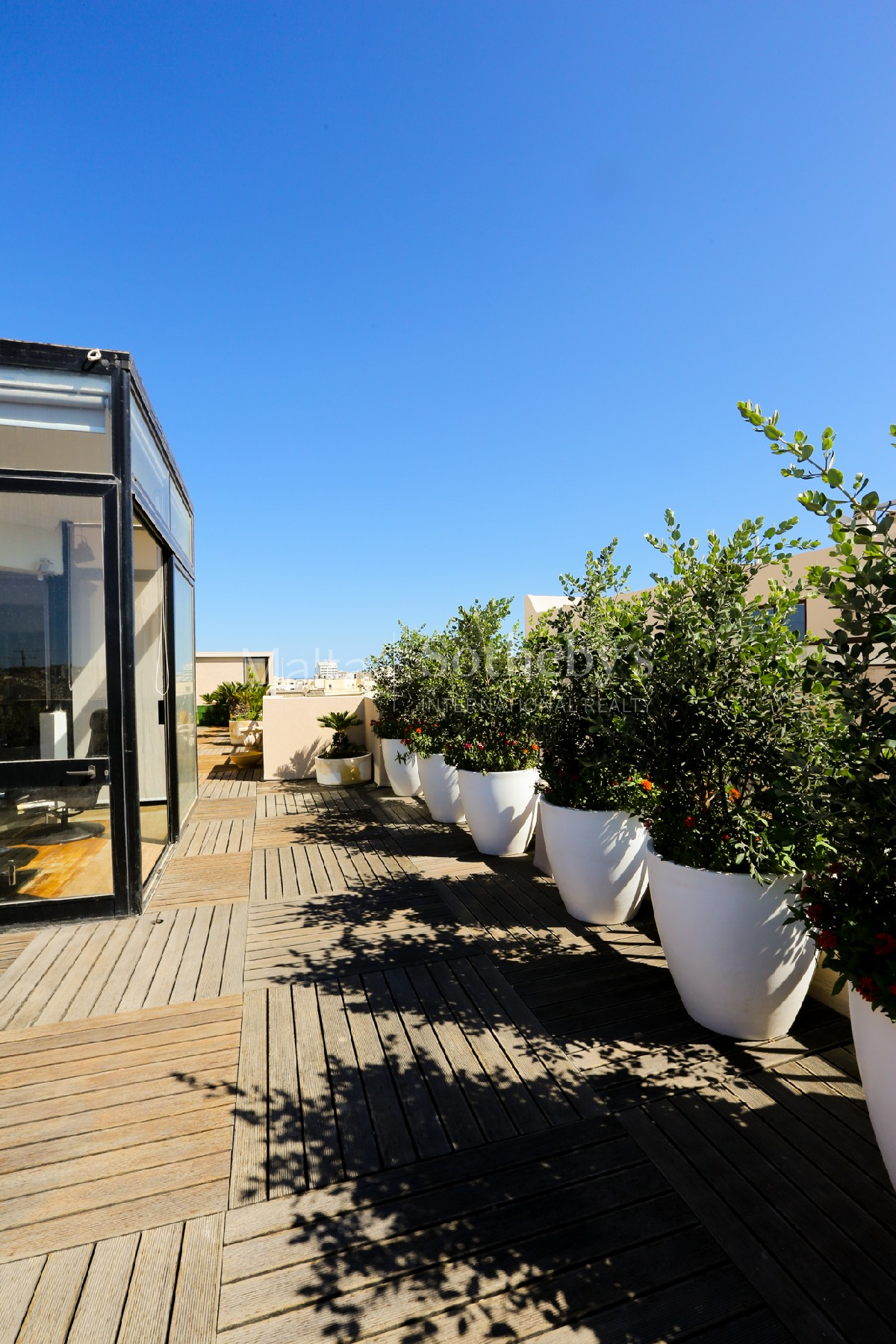 Property Of Luxurious Penthouse With Stunning Views