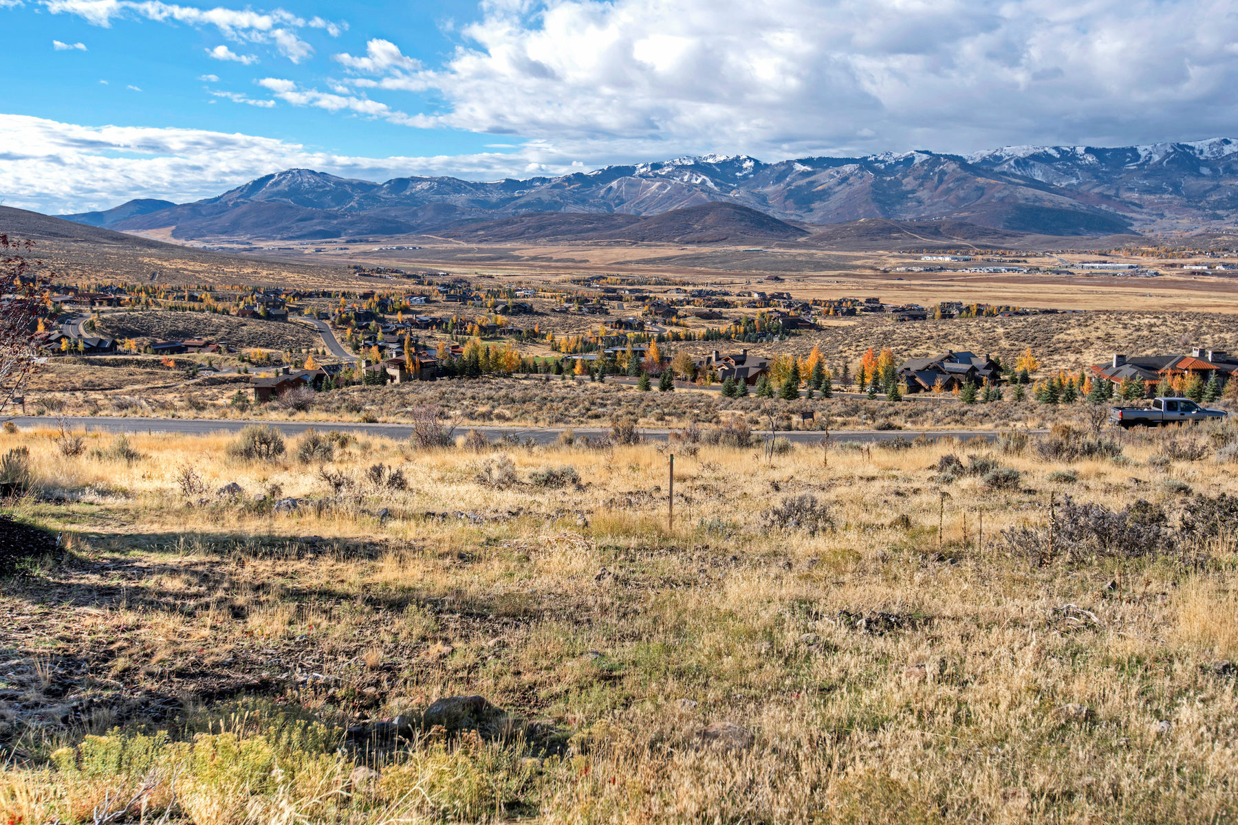 Terreno por un Venta en Highly Coveted Promontory View Lot in Painted Sky 8104 Ranch Club Trail Park City, Utah, 84098 Estados Unidos
