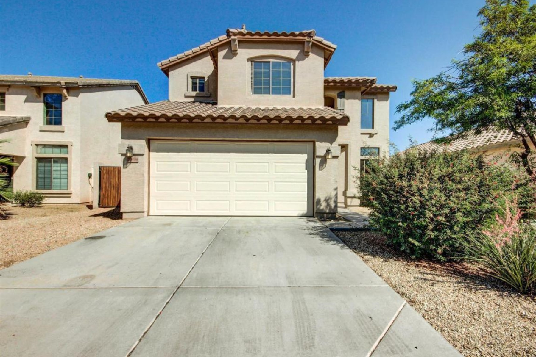 Single Family Home for Sale at Nestled in a fabulous community complete with a lake. 20994 N LEONA BLVD Maricopa, Arizona 85138 United States