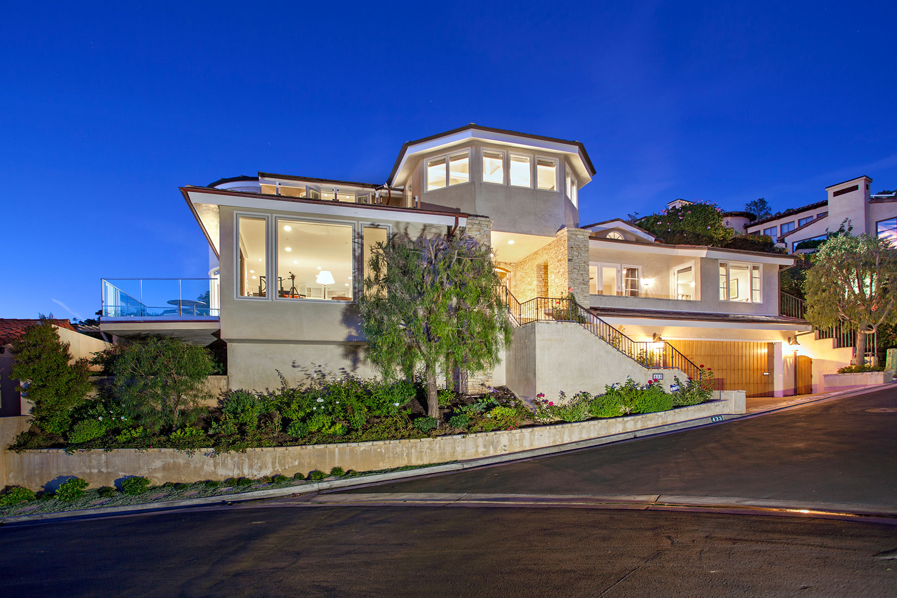 Single Family Home for Sale at 433 Emerald Bay Laguna Beach, California, 92651 United States