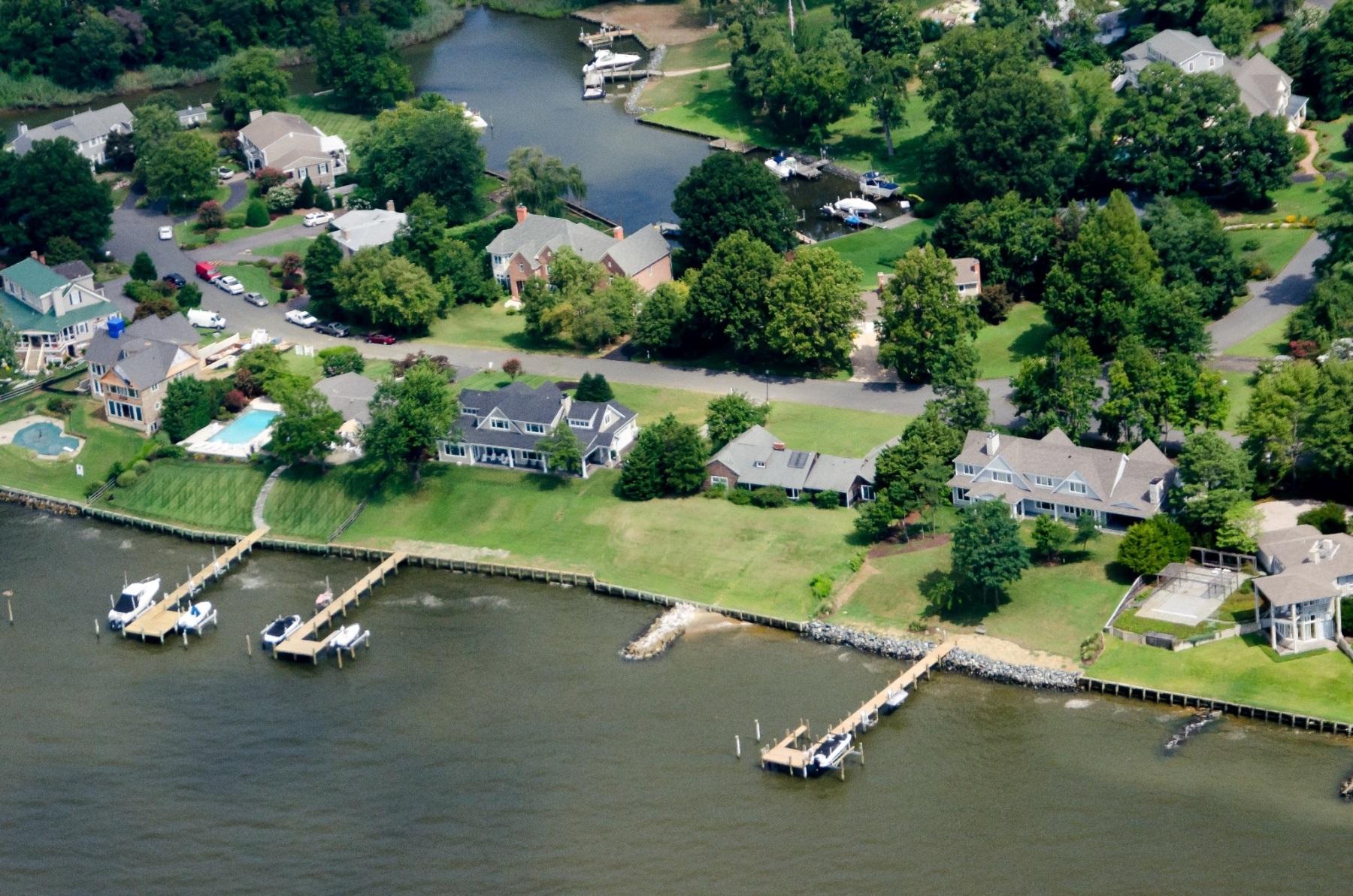 Maison unifamiliale pour l Vente à 3734 Ramsgate Drive, Annapolis Annapolis, Maryland, 21403 États-Unis