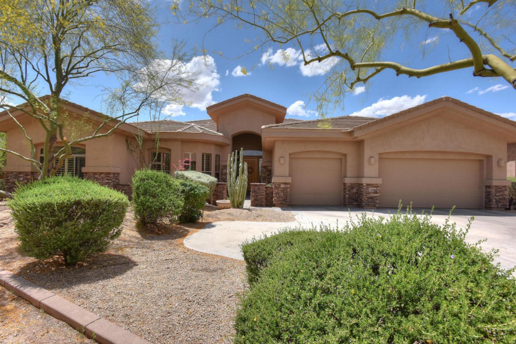 단독 가정 주택 용 매매 에 This stunning TW Lewis homes is situated on a quiet cul de sac lot. 24412 N 77th ST Scottsdale, 아리조나 85255 미국