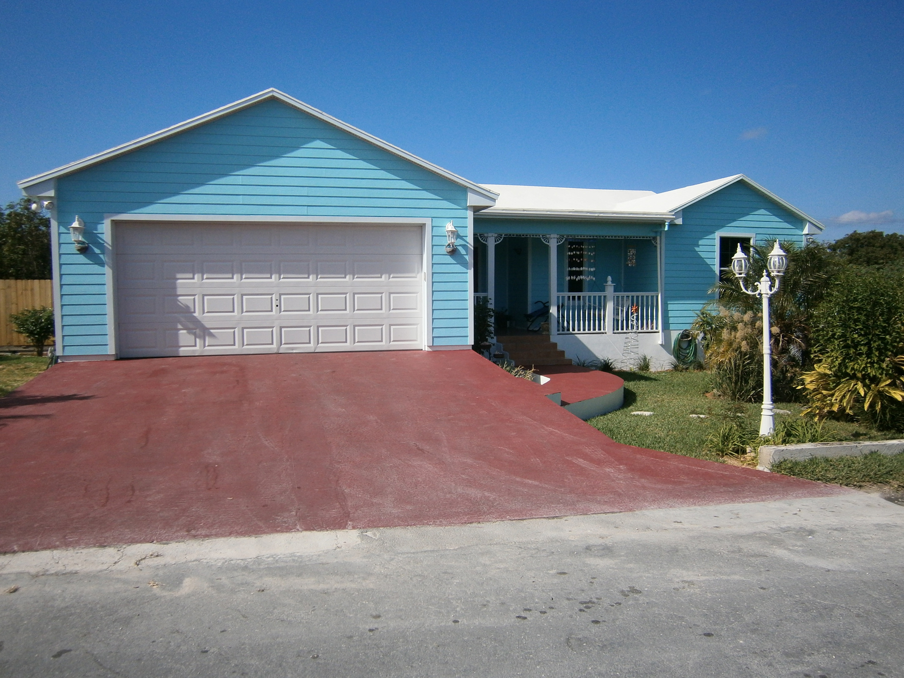 Single Family Home for Sale at Blue Dolphin Cottage - Water Access Spanish Wells, Eleuthera Bahamas