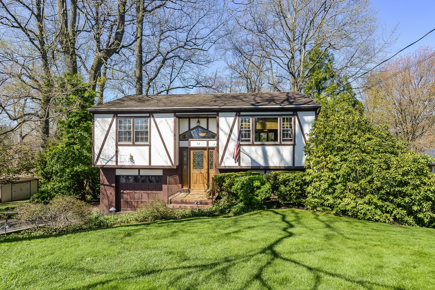 sales property at 52 Commonwealth Ave