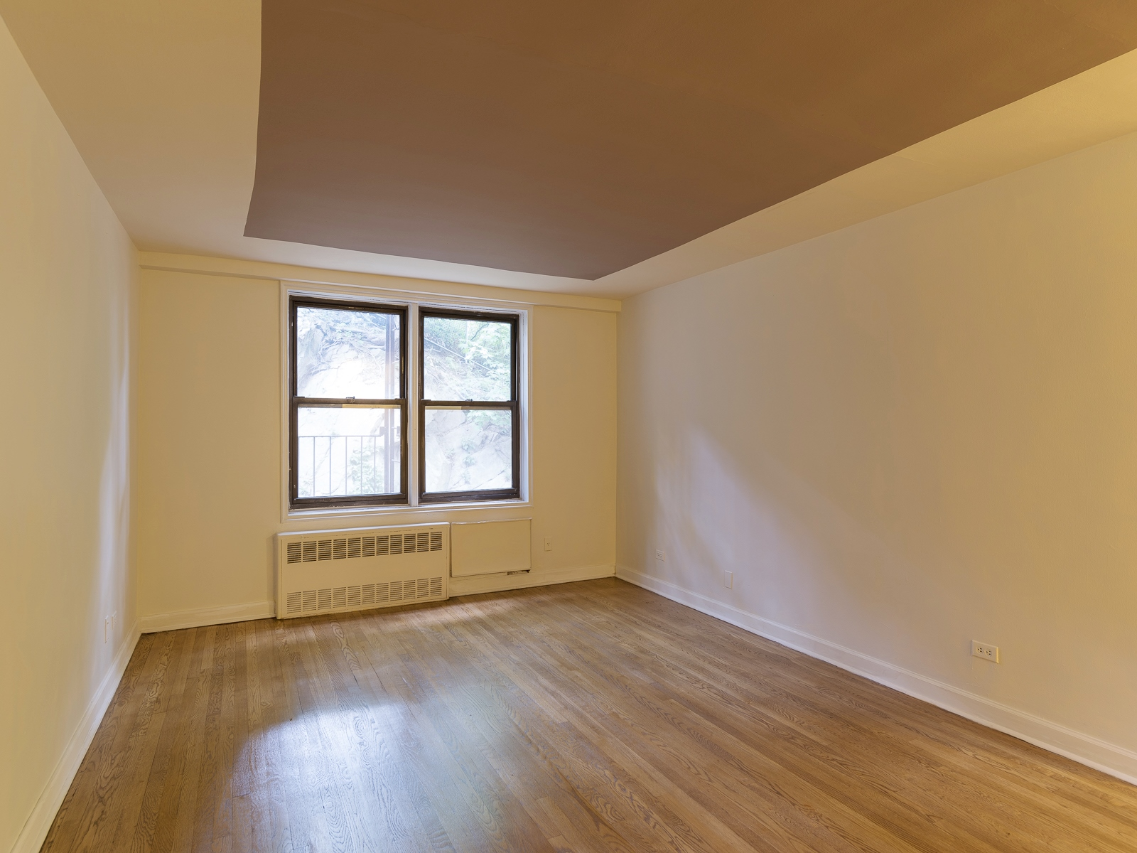 Co-op for Sale at Beautiful and Renovated 1 BR 5235 Post Road 2C Riverdale, New York 10471 United States