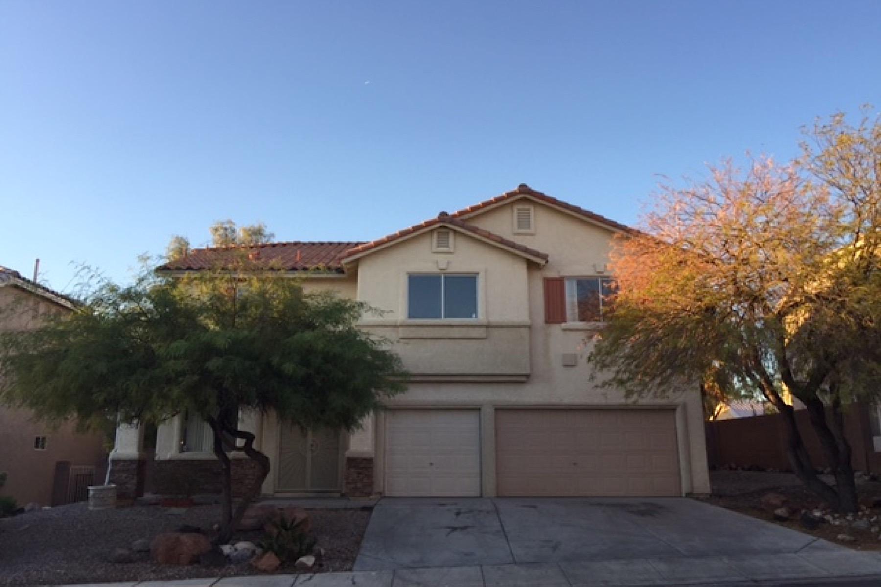 Частный односемейный дом для того Продажа на 6518 Tulip Garden Dr Las Vegas, Невада, 89142 Соединенные Штаты
