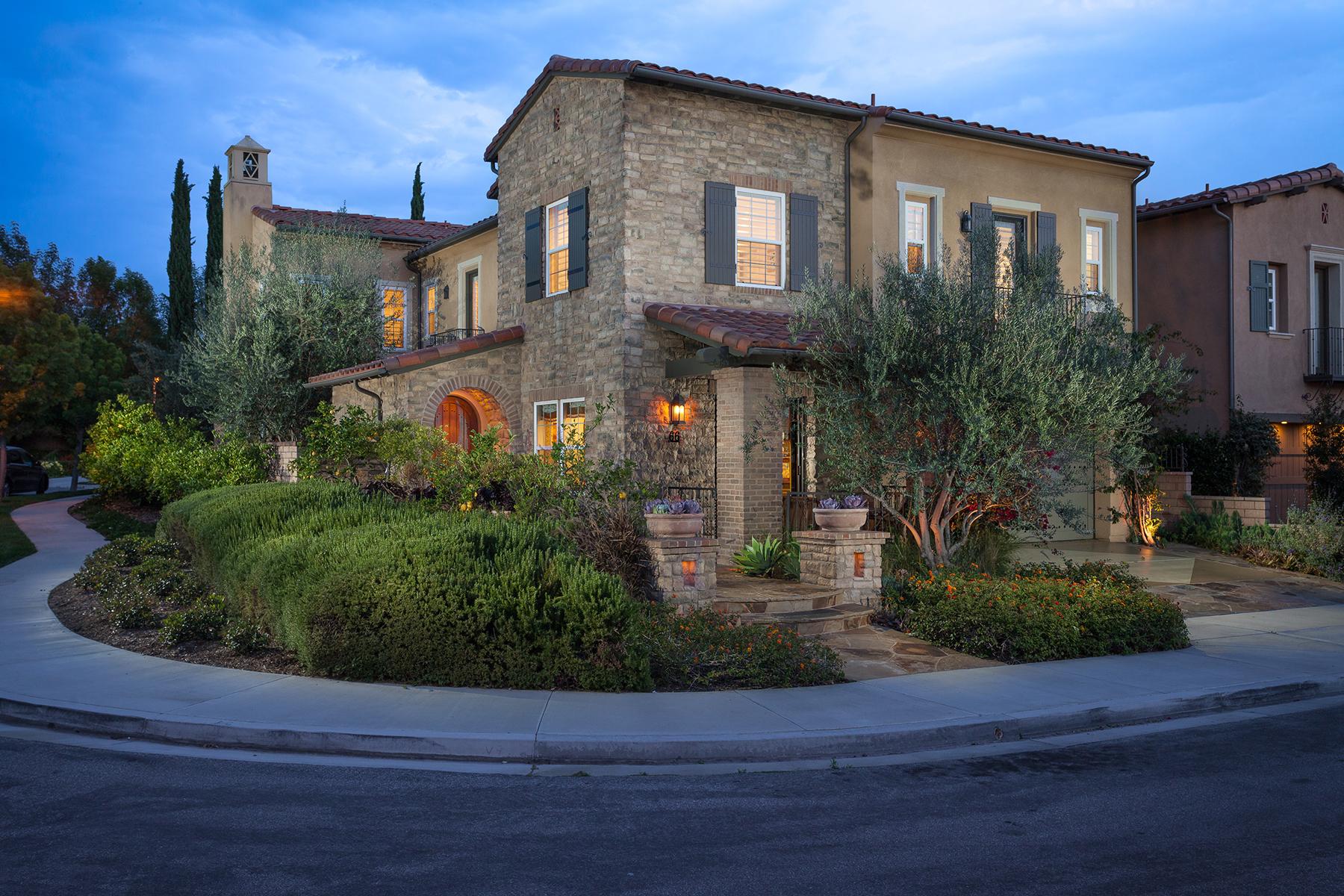 Частный односемейный дом для того Продажа на 66 Fanlight Irvine, Калифорния 92620 Соединенные Штаты