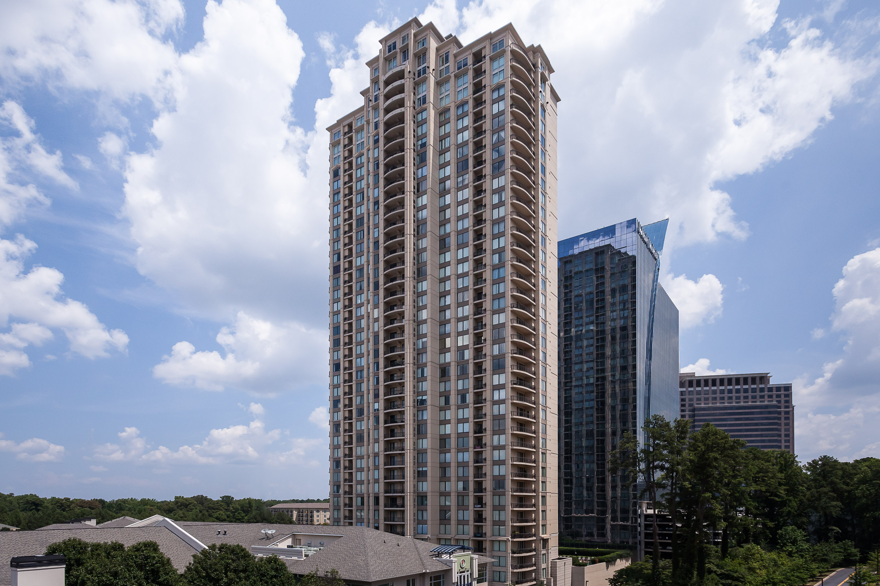 共管物業 為 出售 在 Priced to Sell! Luxury Two Bedroom/Two Bathroom Condo in Buckhead 3445 Stratford Road NE No. 1707 Buckhead, Atlanta, 喬治亞州 30326 美國