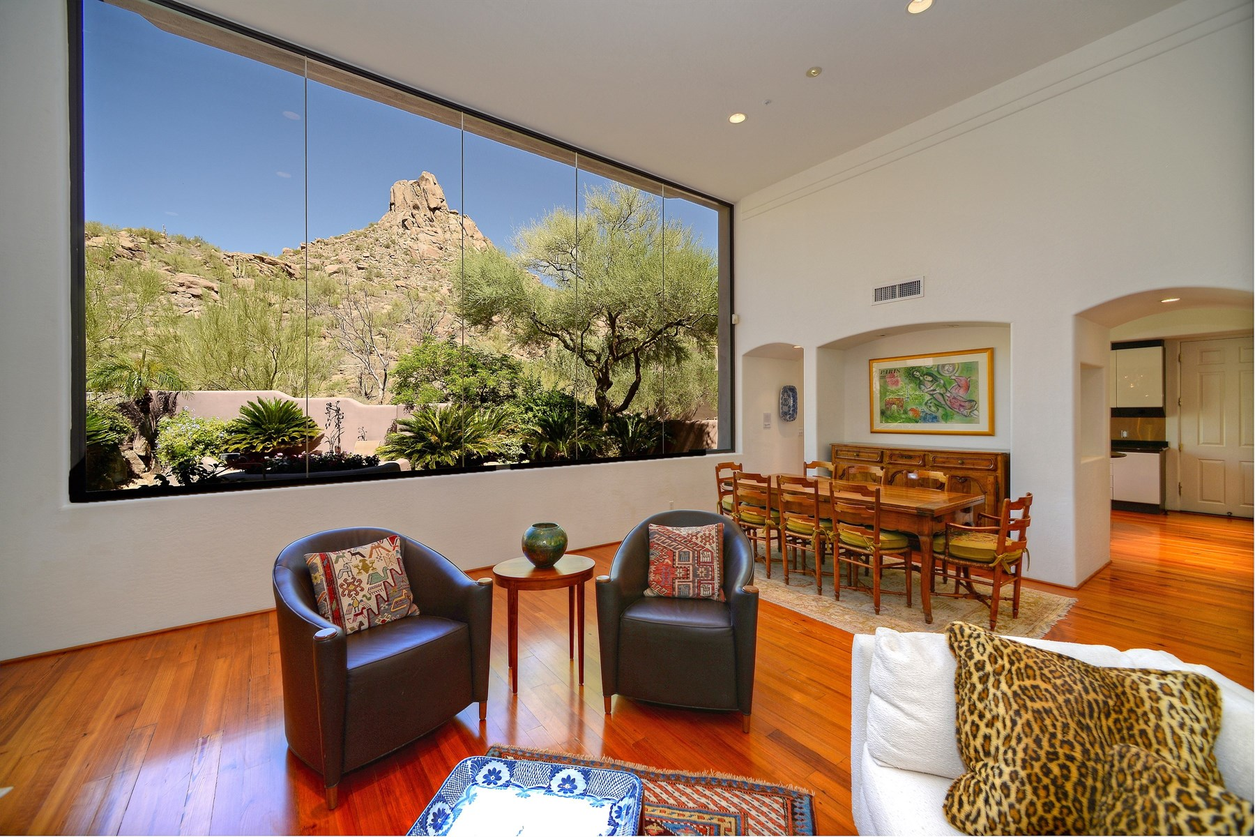Maison unifamiliale pour l Vente à Spectacular Bob Bacon design nestled in the enclave of the Hillside Villa Estate 10040 E HAPPY VALLEY RD #1031 Scottsdale, Arizona 85255 États-Unis