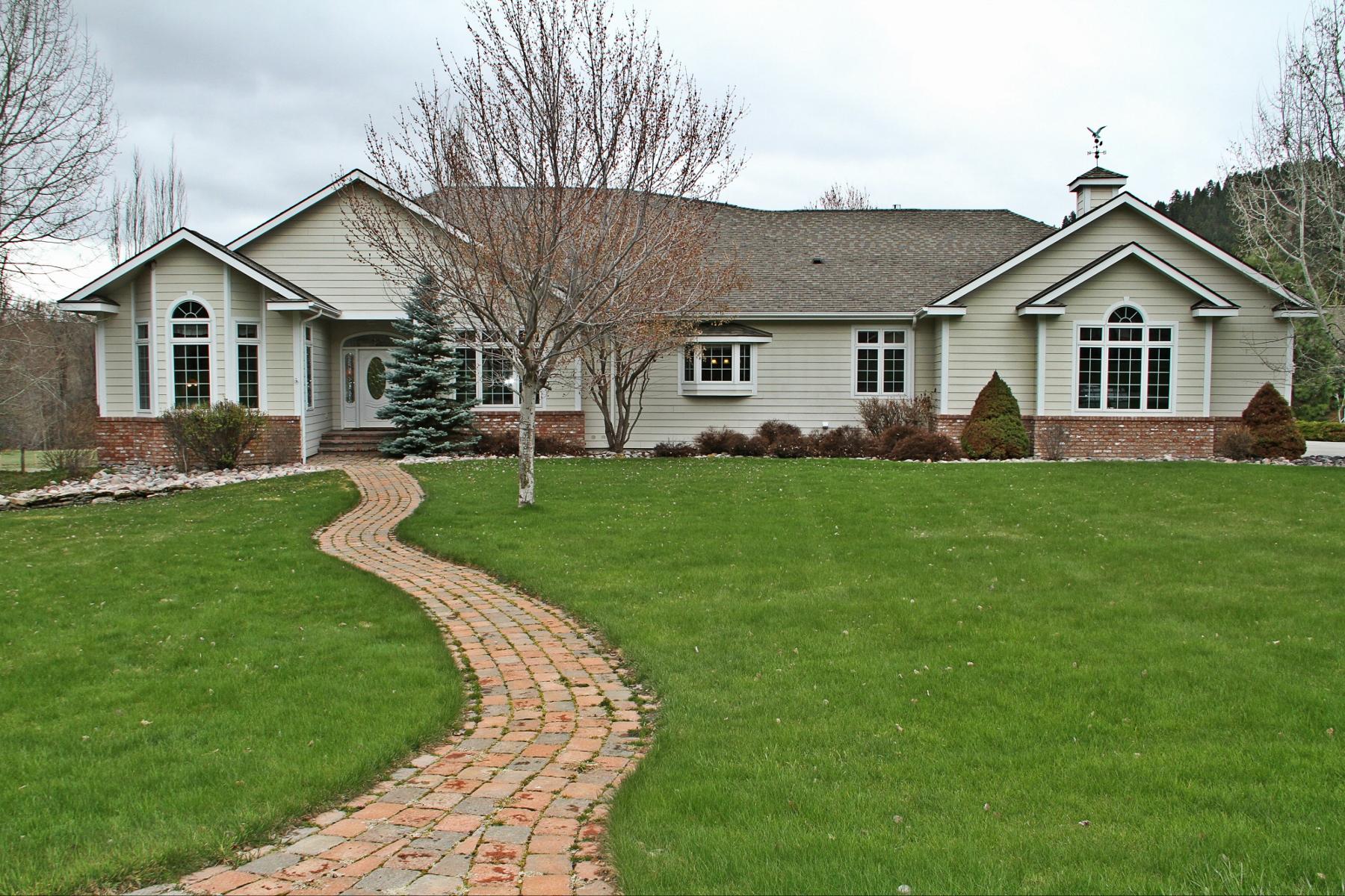 獨棟家庭住宅 為 出售 在 8785 Jacot Lane Missoula, 蒙大拿州 59808 美國