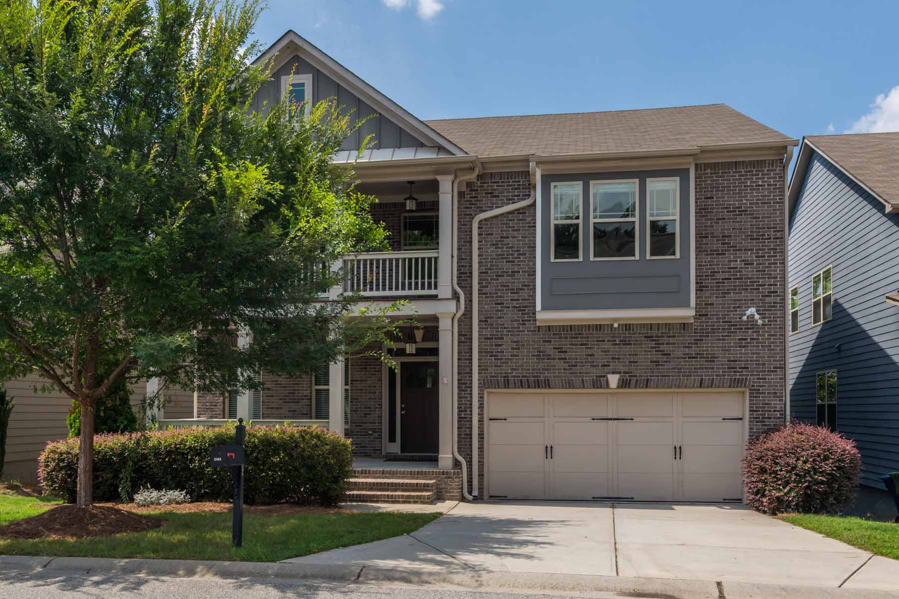 Single Family Home for Sale at Vinings On The Chattahoochee 2082 Village Crest Drive Atlanta, Georgia 30318 United States