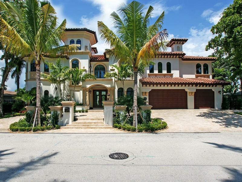 Maison unifamiliale pour l Vente à 341 Royal Plaza Dr Fort Lauderdale, Florida 33301 États-Unis
