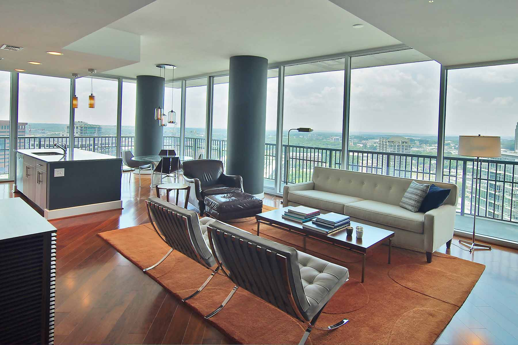 Condominium for Sale at Sophisticated Contemporary Midtown Condominium with Unobstructed Views! 1080 Peachtree Street Ne #2511 Atlanta, Georgia, 30309 United States