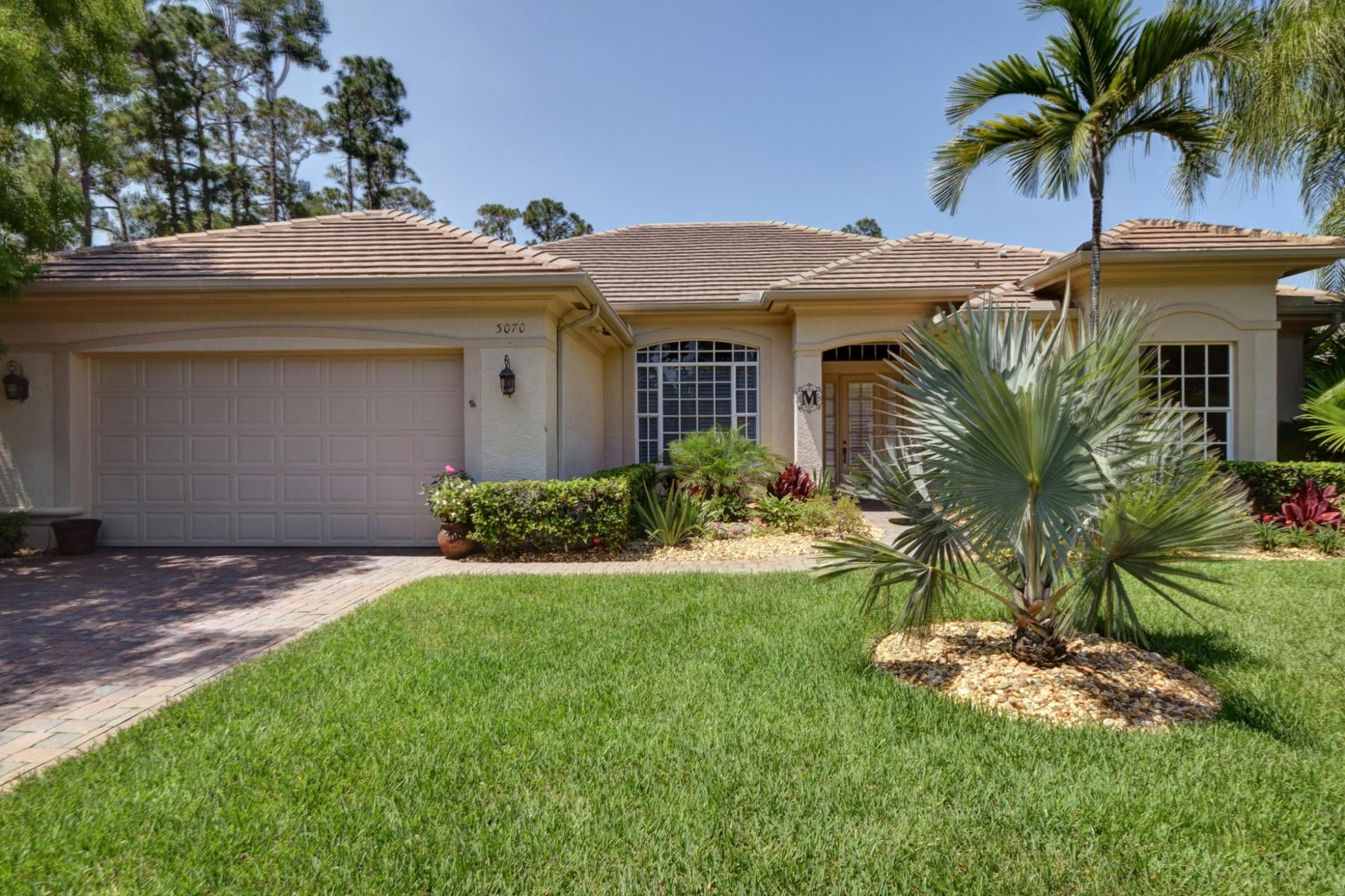 Nhà ở một gia đình vì Bán tại Former Model, Pool, Super Private on Cul-De-Sac 3070 Peachtree St SW Vero Beach, Florida 32968 Hoa Kỳ