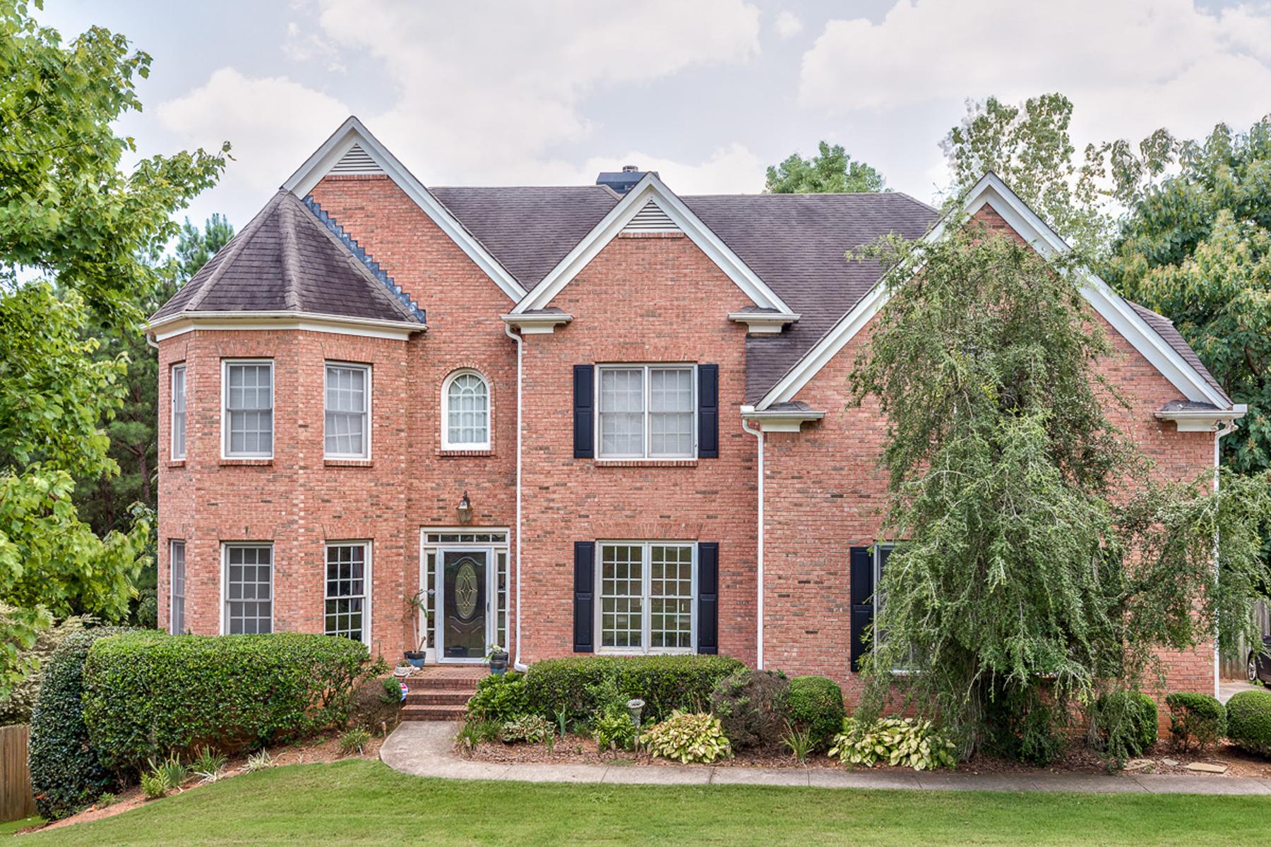 独户住宅 为 销售 在 Great Home On Quiet Cul-de-sac Inside The Perimeter 550 Woodmoore Court Sandy Springs, 乔治亚州 30342 美国
